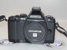 Olympus OM-D E-M5 16.1MP Digitalkamera - Schwarz (Nur Gehäuse) MIT FL-LM2
