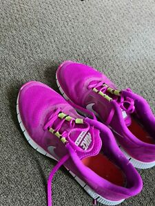 Nike Women's NIKE 'Free' Sz 10 US  Runners Pink and Lime