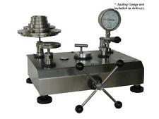 High Precision Hydraulic Dead Weight Tester, Range 700 Bar, Accy 0.015% reading