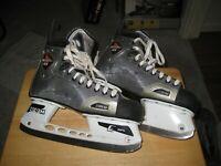 CCM Vector 6.0 Size 9.5 Ice Hockey Skates Adult
