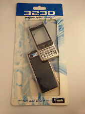 Nokia 3230 - Silver Front and Black back Cover / Fascia , NEW , bargain