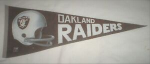 Oakland Raiders NFL Football *Full Size* Pennant Vintage 1960s or 1970s Era