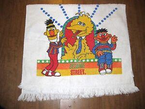 SESAME STREET vtg bath towel Big Bird disco 1970s Bert & Ernie OG logo PBS