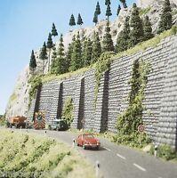 (133,16m²) BUSCH 7031 H0, 2 Mauern, 1 mit Stützpfeilern, 335 x 140 mm, Neu