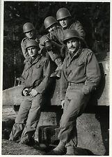 PHOTO ANCIENNE - VINTAGE SNAPSHOT - MILITAIRE CASQUE SOLDAT - MILITARY SOLDIER