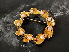 Tone circular design Brooch Lovely Vintage Retro Gold