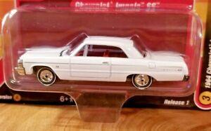 Racing Champions Mint 1964 Chevy Impala SS 1:64 Diecast Car VerA R1 #3