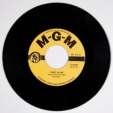 NOTES: Trust In Me / Round And Round 45 Doo Wop R&B Vocal Groups MGM NM RE
