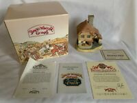 "David Winter Cottages ""The Boat House"" 1989 w/ COA & Box Christmas Figurine Rare"