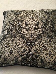 Ralph Lauren Montecito Black & White Paisley Throw Pillow 2 Avail EUC