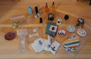 DOLLHOUSE MINIATURE KITCHEN ITEMS LOT!!
