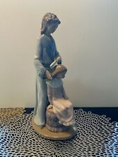 Nao By Lladro Mother & Daughter Figurine - Rare