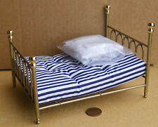 1:12 Scale Brass Metal Double Bed & Covers Dolls House Bedroom Accessory 113