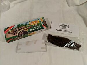 CURVED BLEACHER MODEL KIT NEW Unbuilt Model Motoring Afx, Tyco, Aurora, Ho Scale
