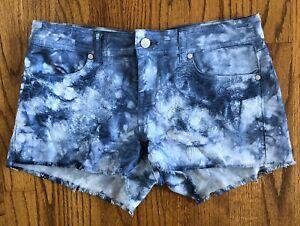 NWT Buffalo David Bitton Women/'s Distressed Bermuda Jean Shorts 1376854