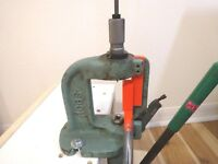 RCBS RS reloading press PRIMER CATHER upgrade. Front output version