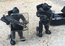 LEGO / MEGA BLOKS SWAT Team Police Officer Tactical Unit Minifig Lot 120 & Chest