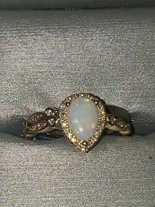 Engagement ring set size 6-¾ 14k yellow gold 8ct total weight opal *Brand New*