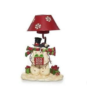 "Yankee Candle -  ""SNOWMAN - LOVE NEVER MELTS TEA LIGHT LAMP""  (NIB) Christmas!!"