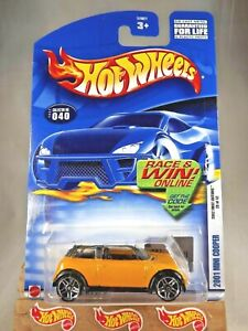 2002 Hot Wheels #40 First Editions 28/42 2001 MINI COOPER Yellow w/Pr5 Sp Varia
