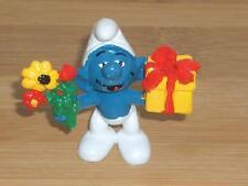 1980 Smurf Flowers and Gift Present Smurfs Vintage Schleich Toy Figure Peyo