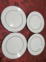 Lenox Cosmopolitan Collection Set of 4 MAYWOOD Platinum trim Bread/Butter Plates