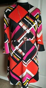 Gorgeous 60's Style Tea Dress Size 16 Fluted Sleeve Bright Abstract