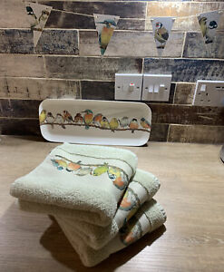 🎀 Laura Ashley Garden Birds 🦜 1 x Green Hand Towel 🚭