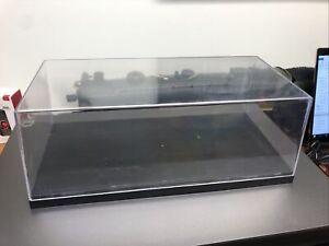 AMT ERTL 1/18 Display Case