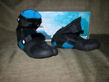 West brand women's or kid's split toe wetsuit booties. Women's size 6