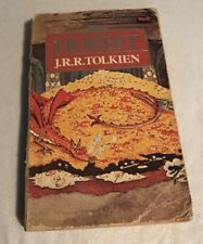 THE HOBBIT - J.R.R.TOLKIEN paperback 1984 with illustrations