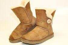 UGG Australia Uggs Womens 7 38 Bailey Button Sheepskin Winter Comfort Boots 5803
