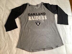 Oakland Raiders tshirt size medium