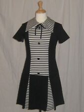 Vintage 1960s Mod Dress Black & White Bow Tie Dolly Space Age Twiggy Style Small