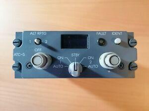 Boeing 737 CL Transponder Radio Panel Cockpit Flight Deck