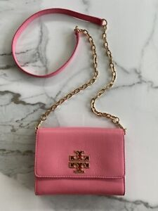 Tory Burch Britten Chain Wallet Crossbody Bag Coral Pink Leather Original NEW