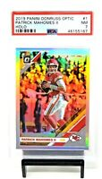 2019 Optic HOLO REFRACTOR Chiefs PATRICK MAHOMES Football Card PSA 7 NM / Pop 68