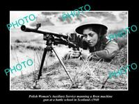 OLD POSTCARD SIZE PHOTO POLAND MILITARY POLISH WOMAN & BREN MACHINE GUN c1940