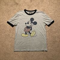 Walt Disney World Men's T-Shirt Size Medium Distressed Mickey Mouse Casual