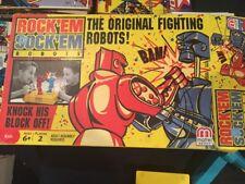 Classic Game Rock em Sock em Robots Game Red Rocker and Blue Bomber 2007 AA39