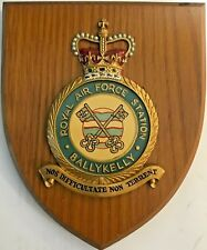 ROYAL AIR FORCE STATION BALLYKELLY BADGE/CREST on WOODEN PLAQUE 6 X 7 Inches