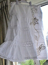 BRODERIE ANGLAIS EMBROIDERED SKIRT & TOP WHITE FLOWERS SUMMER beads NEXT GYPSY