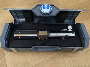 Star Wars Rey reforged legacy lightsaber Galaxy edge NEXT DAY DELIVERY BRAND NEW