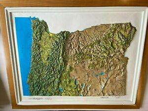 Oregon state Raised Relief Map Kistler Graphics Copyright 1957 Framed 24 x 19 3D