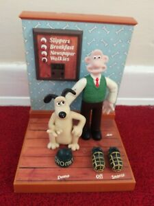 Vintage Wallace And Gromit Talking Alarm Clock 1995 Wesco Aardman