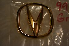1999 ACURA TL FRONT GRILLE GOLD EMBLEM NEW OEM P2G39585083