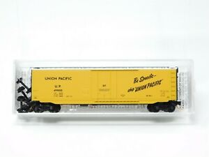 N Scale Micro-Trains MTL 03200390 UP Union Pacific 50' Plug Door Box Car #499055