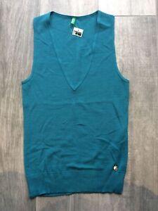 Bennetton Ladies V-neck Sleeveless Jumper, Size M