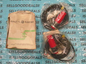(2) GE CR215CB22UA3NB Proximity Switch 3-Wire Cable 22MM New