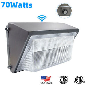 Commercial 70W LED WALL PACK Lights DUSK TO DAWN Outdoor Area Security Lighting